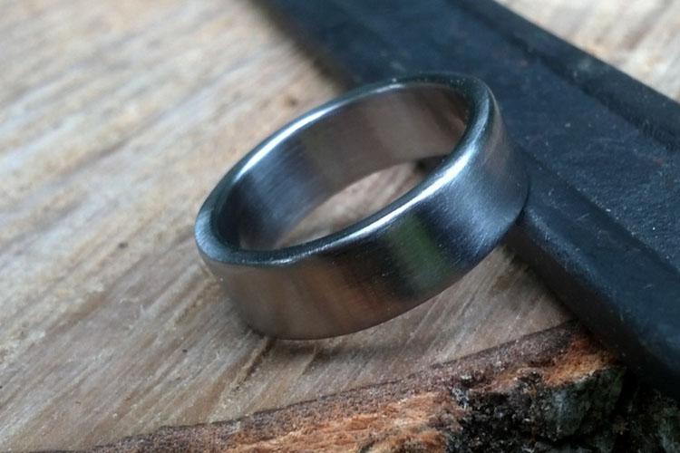 Mens Modern Wedding Rings 007