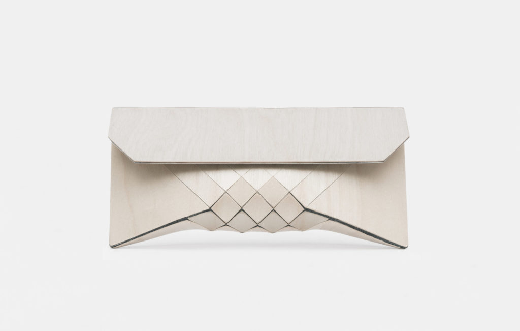 TeslerMendelovitch Wooden Bag White